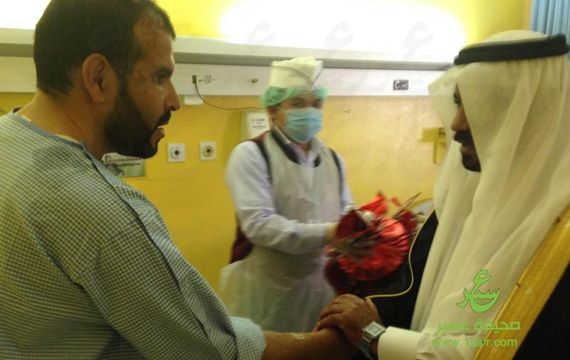 آل هذلول يعايد مرضى مستشفى بللسمر العام6