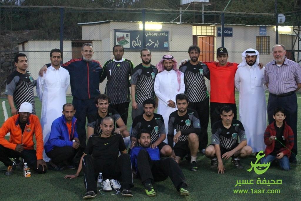 تذكاريه مع راعي اللقاء د.حسن آل سلمان