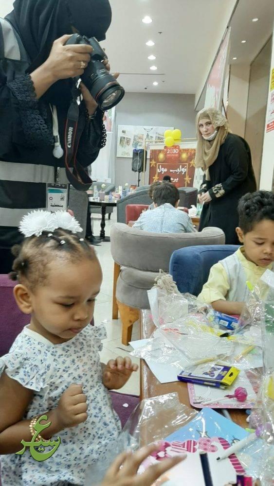 """عدد من الأطفال لـ"""" عسير """": فعاليات """"فرحة العيد """" في توليب ..."""